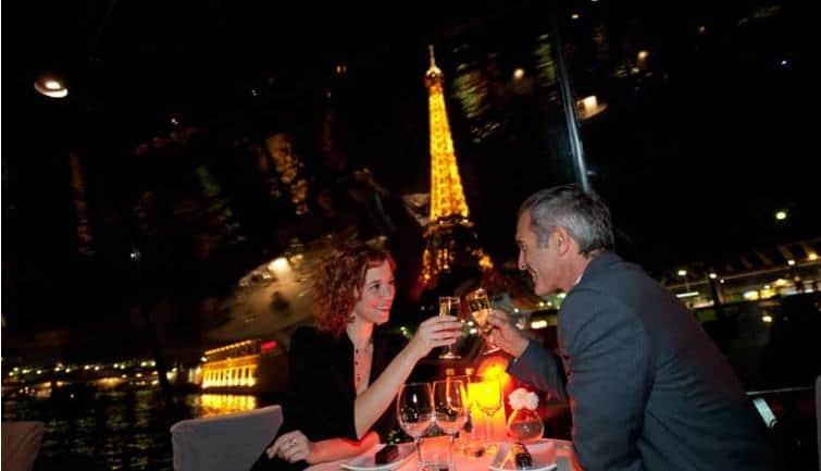 Romantic dinner Cruise in Paris for NYE 2019