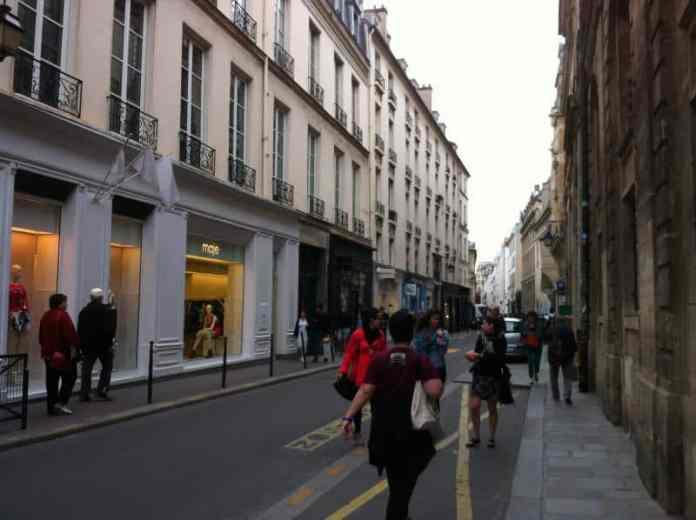 Sonntags-Shopping - Paris - Marais