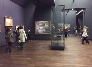 Musee d'Orsay at Night