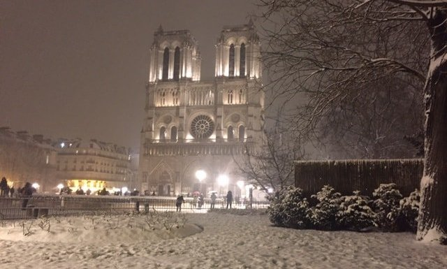 Place Jean Paul II & Notre Dame de Paris under snow