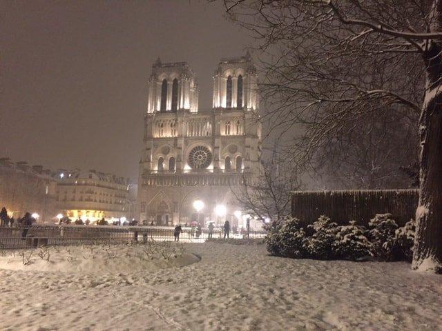 Place Jean Paul II & Notre Dame de Paris under snow