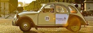 Romantic visit of Paris by 2CV car