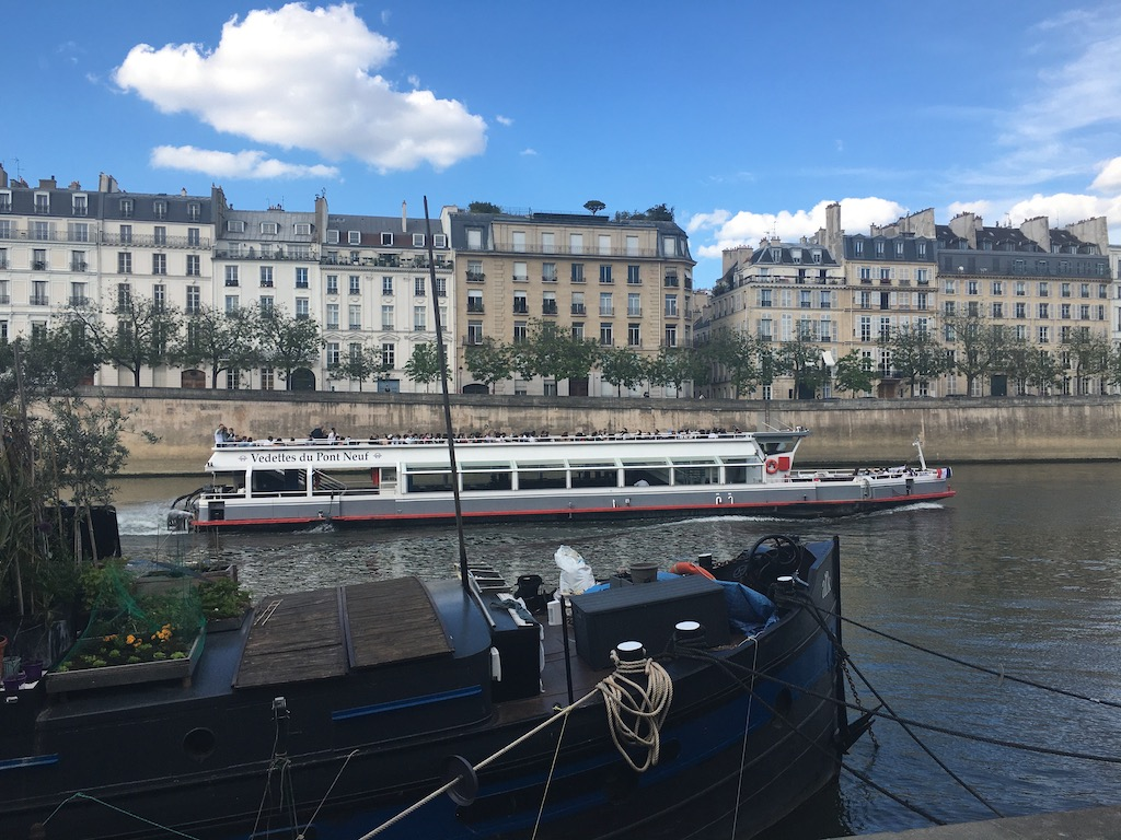 Vdettes du Pont Neuf bootstour Paris