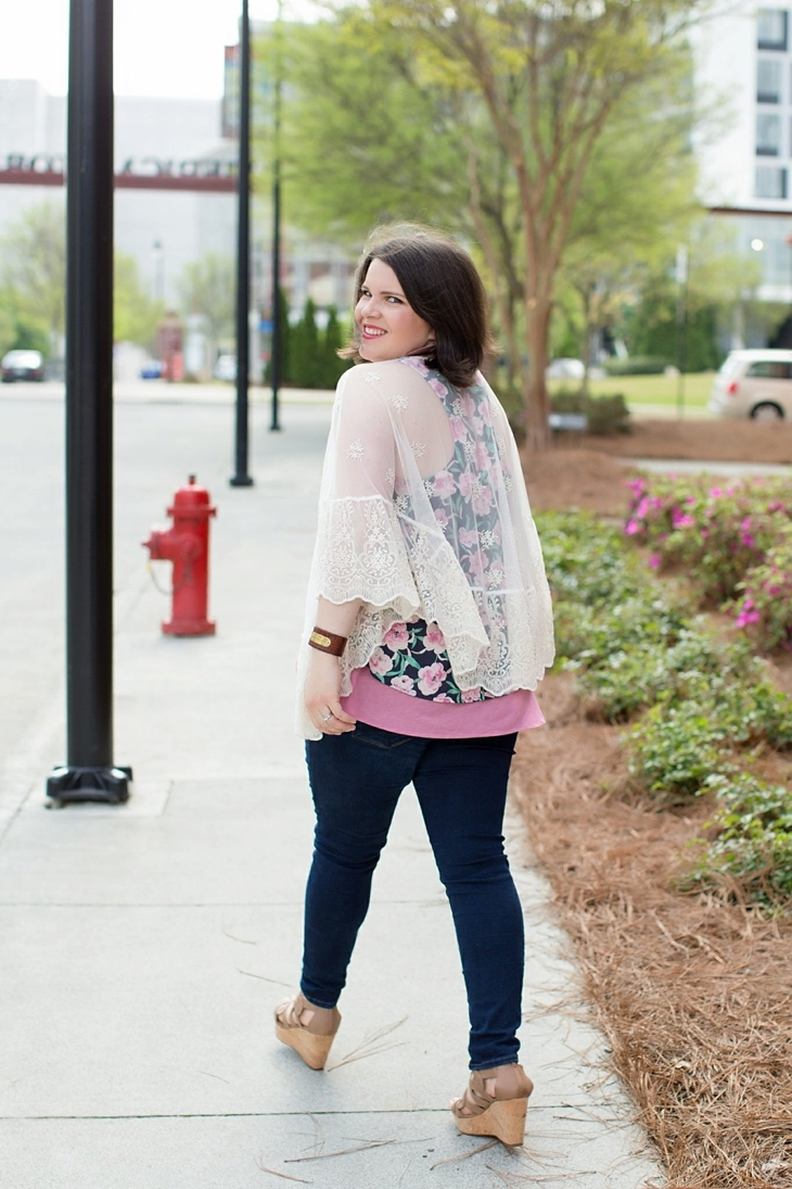 """Nickel and Suede earrings, Stitch Fix Papermoon """"Pollyanne Lace Hem Kimono"""", Stitch Fix Mavi """"Freida Ankle Length Skinny Jean"""", Stitch Fix Collective Concepts """"Jayde Layered Floral Print Tank"""", Nine West tan wedges from Rack Room Shoes"""
