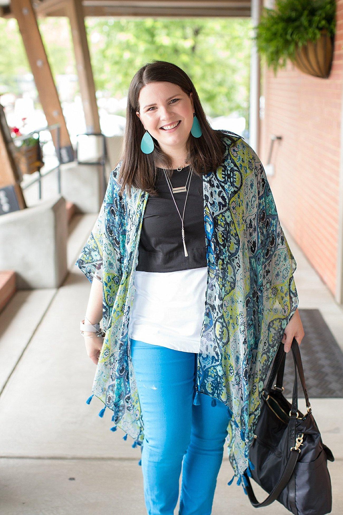"Threads 4 Thought ruana, Elegantees ""Riley"" tee, Margaret M Stitch Fix jeans, Lily Jade diaper bag   North Carolina Fashion Blogger (3)"