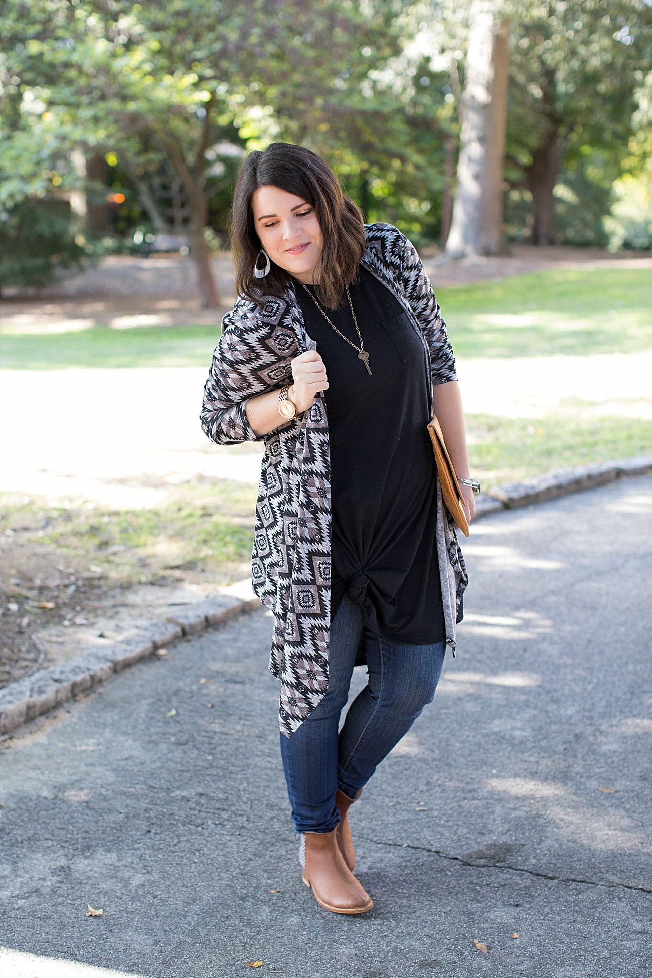 Lularoe Carly dress, skinny jeans, The Root Collective Espe booties, The Flourish Market cardigan (5)