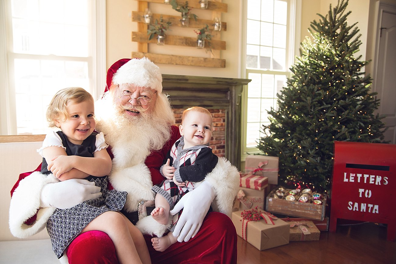 Lilly and Amos - Santa Mini Session with Rebecca Keller Photography - Raleigh, North Carolina - 2016 (1)