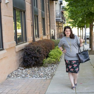"""Elegantees """"Cassie"""" ruched dolman sleeve tunic, Agnes & Dora floral pencil skirt, TOMS wedges, ethical fashion blogger (1)"""
