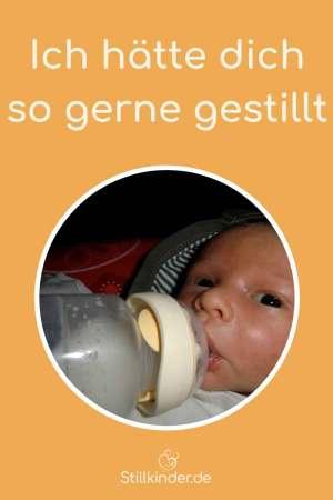 Ein Baby trinkt aus der Säuglingsflasche