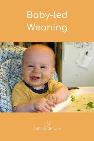 Kleinkind beim Baby-led Weaning