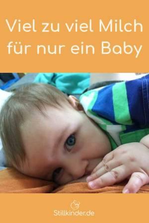 Ein Baby an der Brust