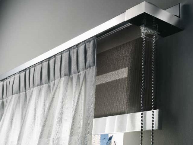 Emmebi è un azienda specializzata nella produzione di tende a rullo su misura e sistemi per tende arricciate, a pacchetto, a pannello e di nastri. Tende Tecniche Stiltende