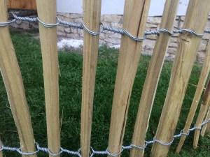vázaný akátový plot