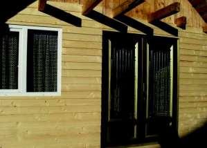 placari-cabane-lemn