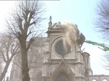 franta-biserici-demolate