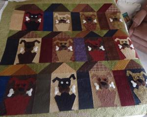 Debbie's Buggy Barn Doghouse Quilt