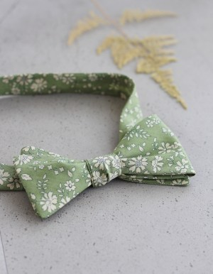 Custom Colour Self Tie Bow Tie made by Stitched in New Zealand