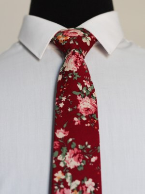 Burgundy Romantic Floral Tie