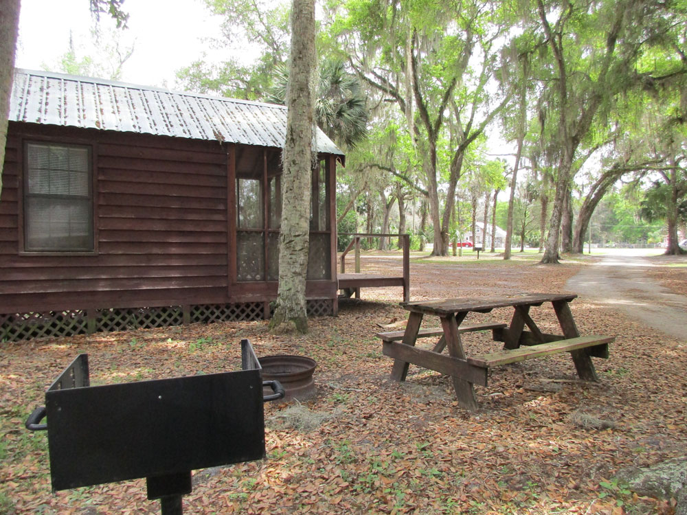 Daily  Weekly Cabin Rentals  St Johns River Campground