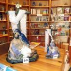 Statwi u Oġġetti oħra għall-bejgħ mill-Book Centre
