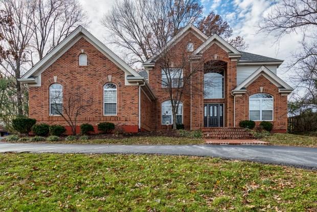 Photographs of a home on Graham Avenue in the Dogtown neighborhood of St. Louis, Missouri for Coldwell Banker Gundaker Real Estate agent Joe Mattus.