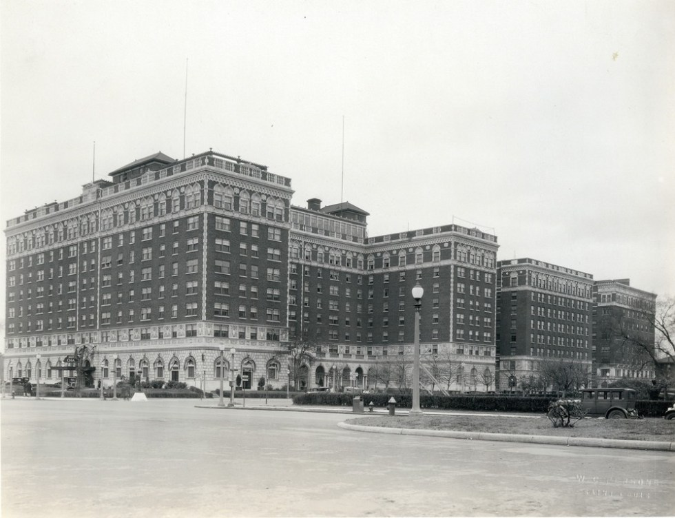 chase-hotel-1920s