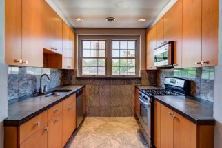 Photographs of a condo on Wellington Way in Clayton, Missouri for Dielmann Sotheby's International Realty agent Ted Wight