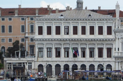 The Venetian Influence on St. Louis