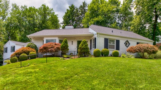12 Colonial Hills Parkway