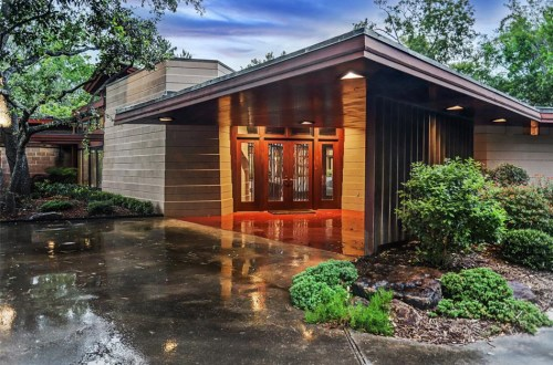 Updated Frank Lloyd Wright Home in Texas   12020 Tall Oaks Street