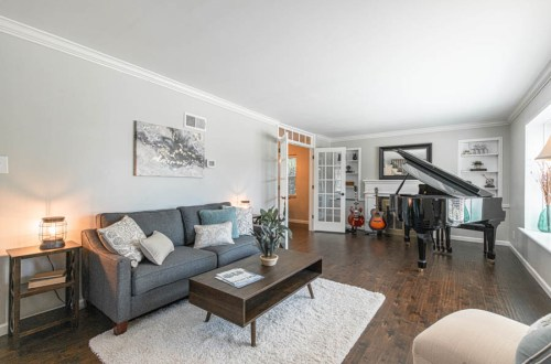 Inside Updated Colonial in Brentwood | 9401 Sonora Avenue