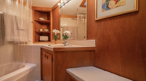 a-look-at-one-of-the-homes-four-full-bathrooms