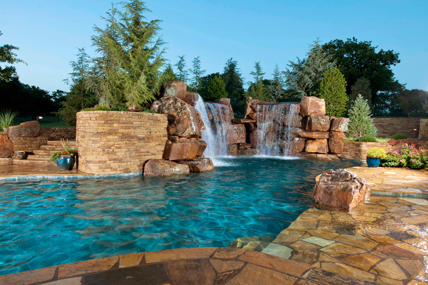 Cool Pools  ST LOUIS HOMES  LIFESTYLES