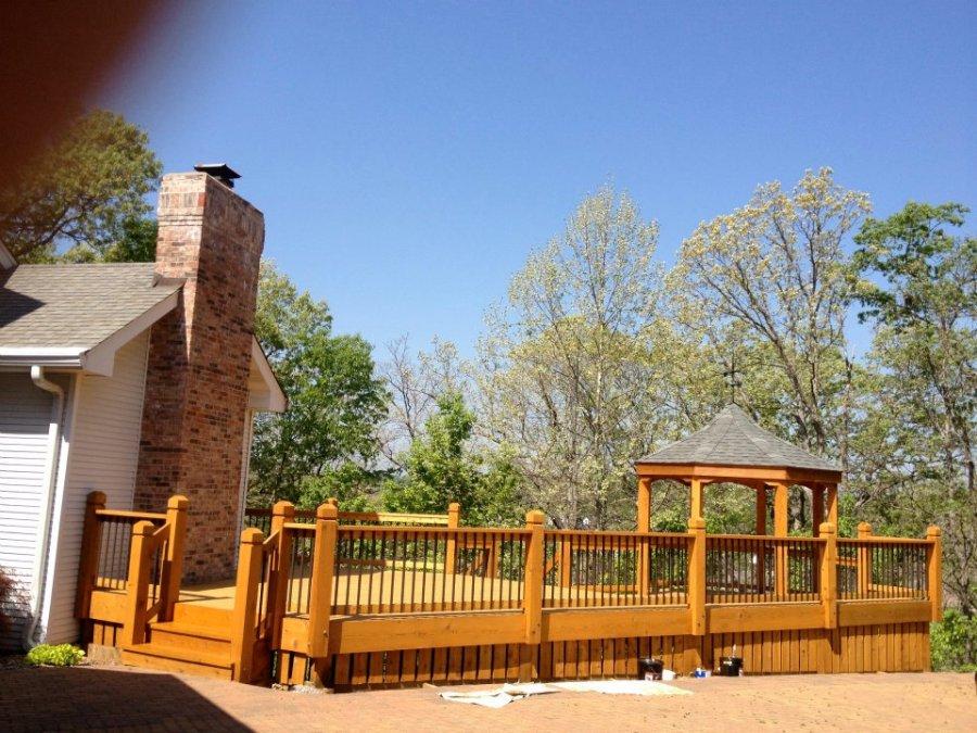 cedar deck staining