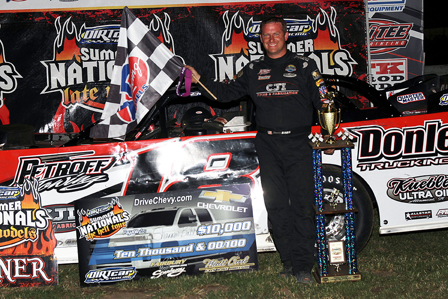 Shannon Babb claims Fairbury Speedway's UMP DIRTcar Summer Nationals victory!