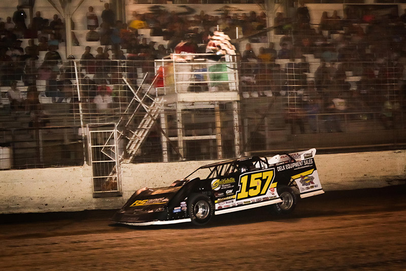 Marlar Charges to the Top of Point Standings in Part of Outlaws Win No. 4