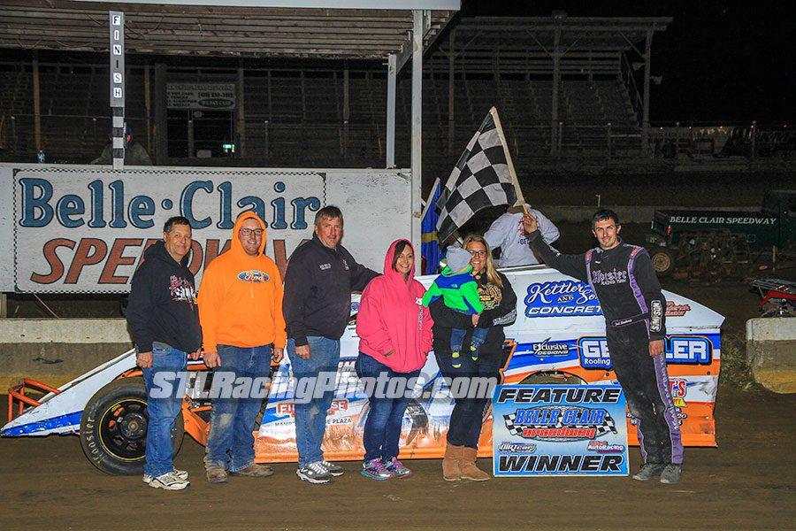 Brett Korves takes UMP DIRTcar Pro Modified win at Belle-Clair Speedway!