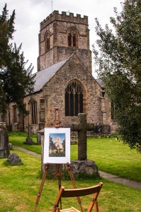 Picture: Painting in the churchyard