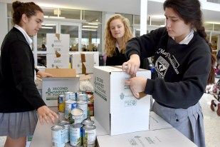 canned_food_drive_6299