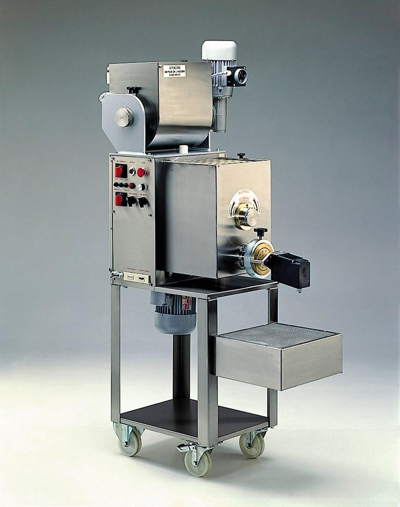machine a pates automatique 25 35 kg par heure extruder line 35 kg h production machines a pates fraiches professionnelle