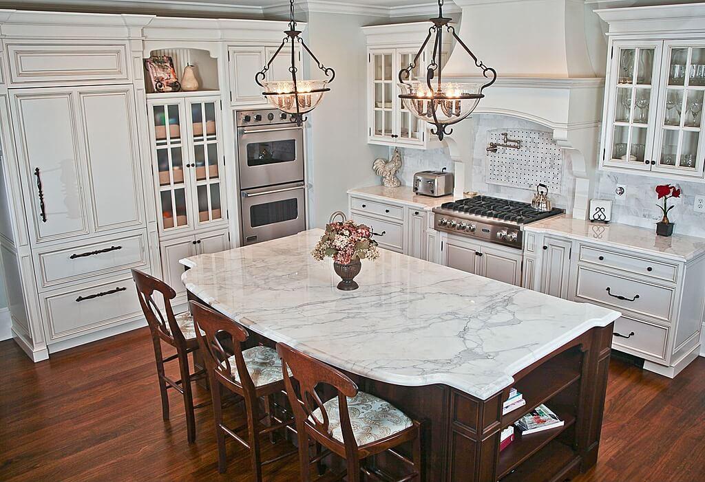 5 Ways To Style White Kitchen Cabinets