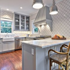 Gray Kitchen Cabinets Curtain Patterns 6 Backsplash Ideas For Light White Tiles