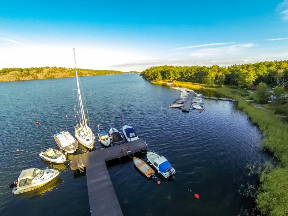 Pier an unserem Ferienhaus Stockholm im Schärengarten in Schweden.