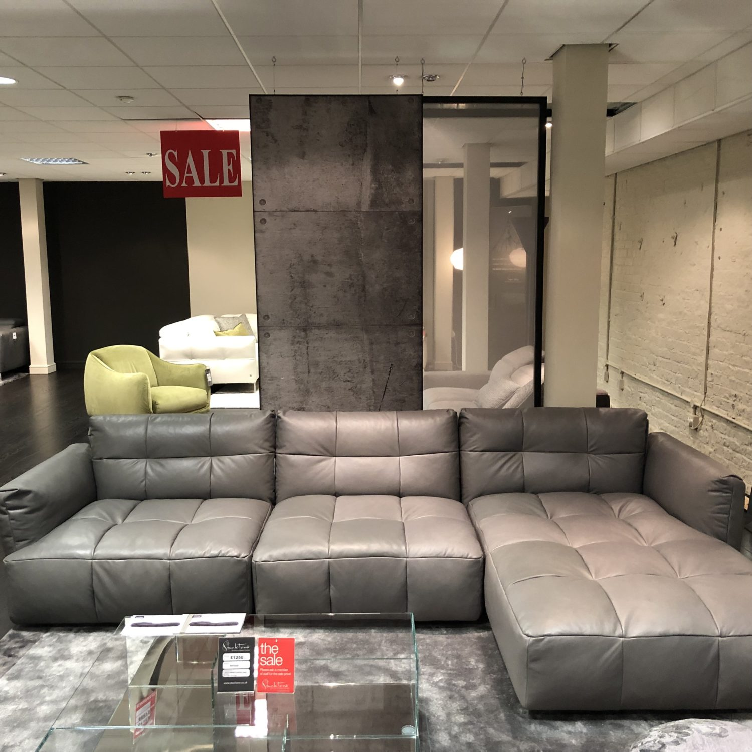 cult sectional leather sofa by natuzzi italia world chennai herman chaise in cat 40
