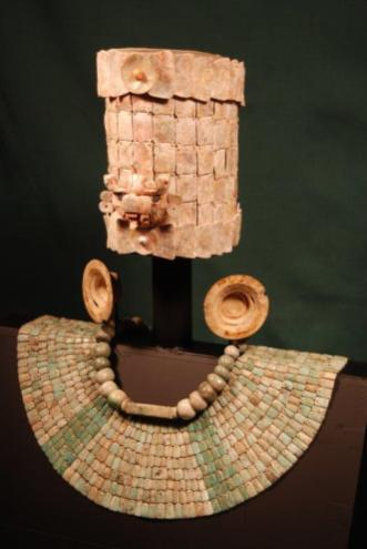 Maya Headdress and other items 033