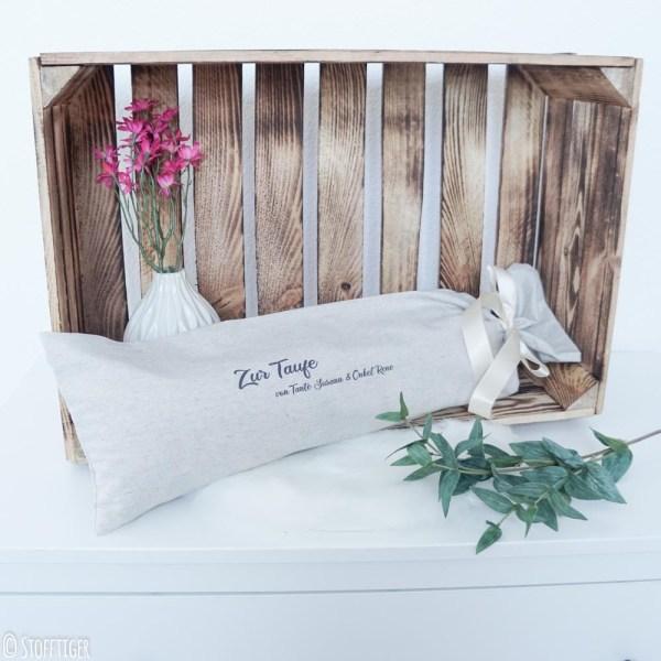 Geburtskissen Geschenkverpackung zur Taufe, Taufgeschenk. Geburtskissen mit Echtmaßen und Gewicht, Geschenkverpackung, geschenk, geburtsgeschenk, taufgeschenk, zur taufe, personalisiert