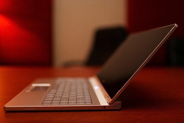 dell-adamo-pc-laptop-01
