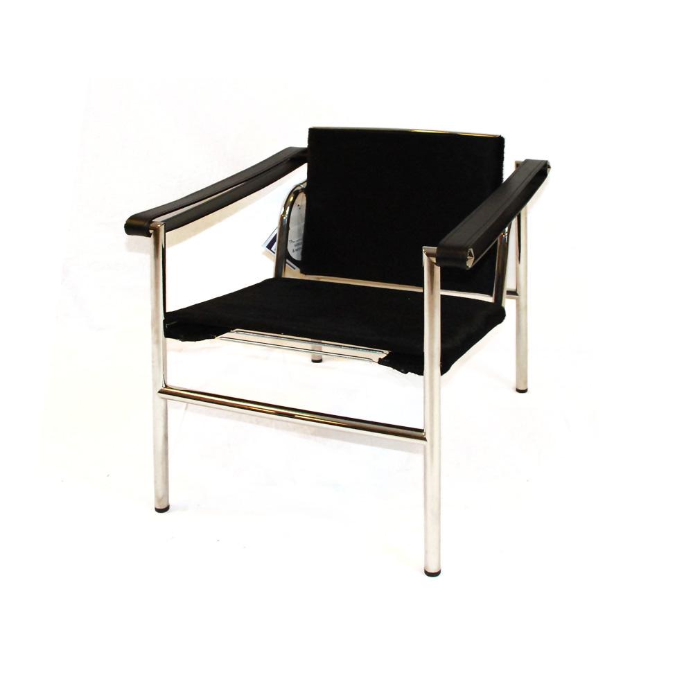 LC 1 Sessel mit Fell von Cassina  Ausstellungsstck