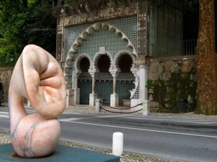"""Beatriz Cunha: """"Kolyledon"""", marmo."""