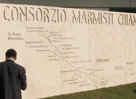 One of the strengths of Italy's natural stone branch is its courage to seek and find solutions above and beyond the ordinary: back in 2006 Consorzio Marmisti Champo, depicted the location of its member's enterprises in natural stone.